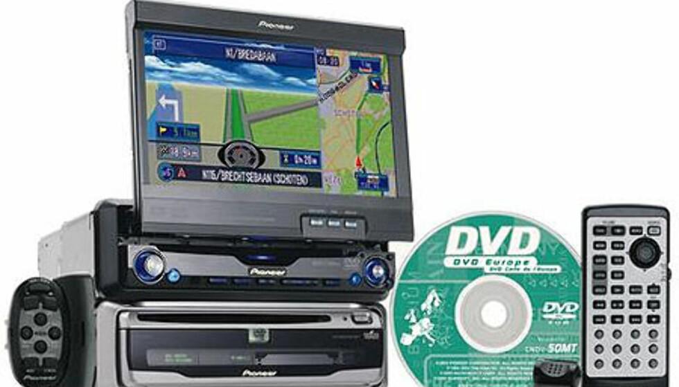 En litt mer sofistikert navigasjonspakke fra Pioneer. AVIC991HVT inkluderer en stor ekstern skjerm, som også kan vise DVD-filmer. DVD-audio støtter den også, samt full 5.1-lyd. Naturligvis kan du fylle platene, både CD og DVD, med MP3-filer. Pris: ca 38.000 kroner.