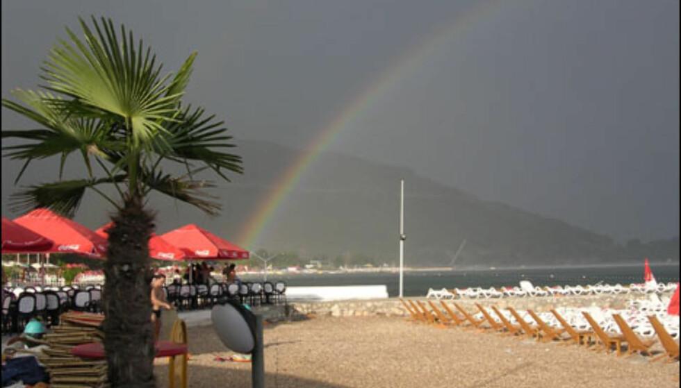 Stille før stormen på stranda. Foto: Even Garvang/Operasjon Dagsverk 05