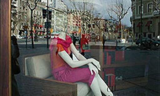 Carolina Herreras elegante forretning i Passeig de Gràcia.  Foto: Inga Holst Foto: Inga Holst