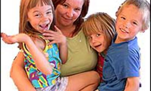 Småbarnsfamilien sparer raskt ut noen tusenlapper på å sette sammen feriereisen på egen hånd.