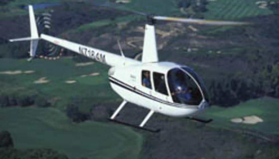 Robinson 44. 4 seters helikopter som koster mellom 2,2 og 2,55 millioner kroner.