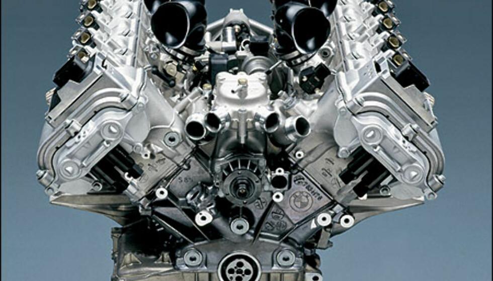 Store bilder av motoren