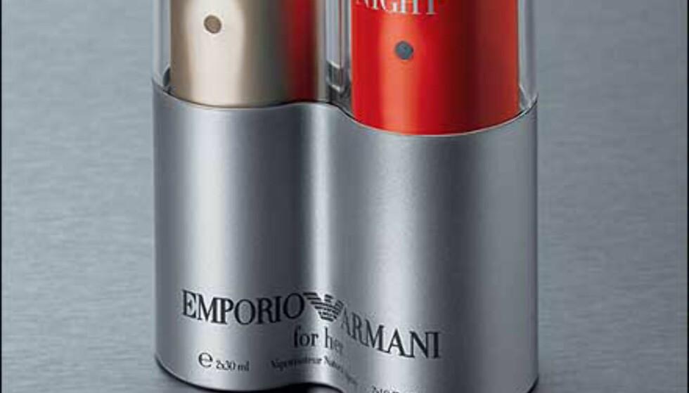 Emporio Armani Twinpack for henne. Produsenten forteller: Denne inneholder en Emporio Armani Classic EdP 30 ml for henne. En casual, selvsikker duft & en Emporio Armani Night EdP 30 ml. En vågal, sexy, dampende duft som passer perfekt til forføring.