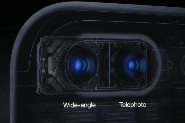 IKKE BARE ETT, MEN TO: Det bakre kameraet på iPhone 7 Plus har to linser. Standardutgaven har bare én linse. REUTERS/Beck Diefenbach