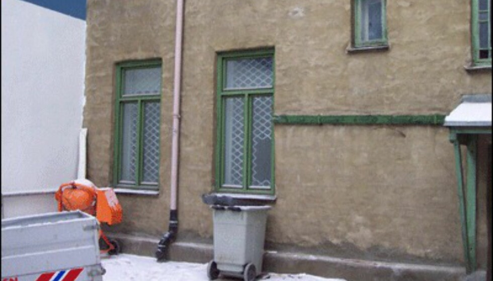 Etter bombene?  Det var ikke lett å hygge seg i bakgården i Waldemar Tranesgt. 71 i 2000
