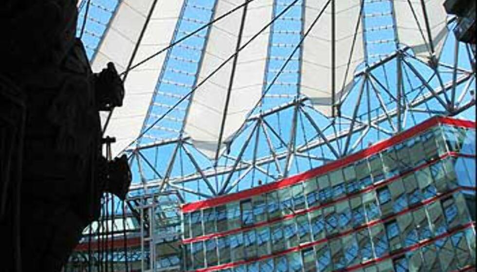 Potsdamer Platz byr på krampekommers moro.