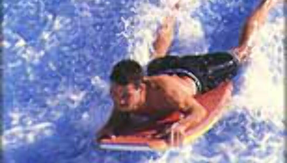 Britene drar til Cornwall for å surfe. I sommer kan du fly direkte til Exeter.