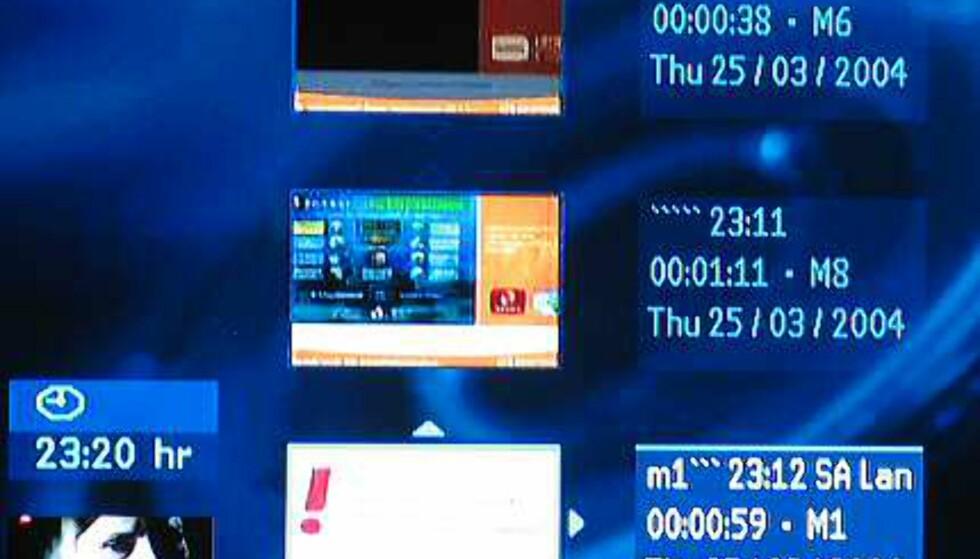 Her ser du innholdet på platen: Tre tv-opptak til høyre, informasjonen er klokkeslett, lengde, opptakskvalitet (M6 osv) og dato.  Nederst til venstre ser du hvilken TV-kanal DVD-opptakeren er stilt inn på.