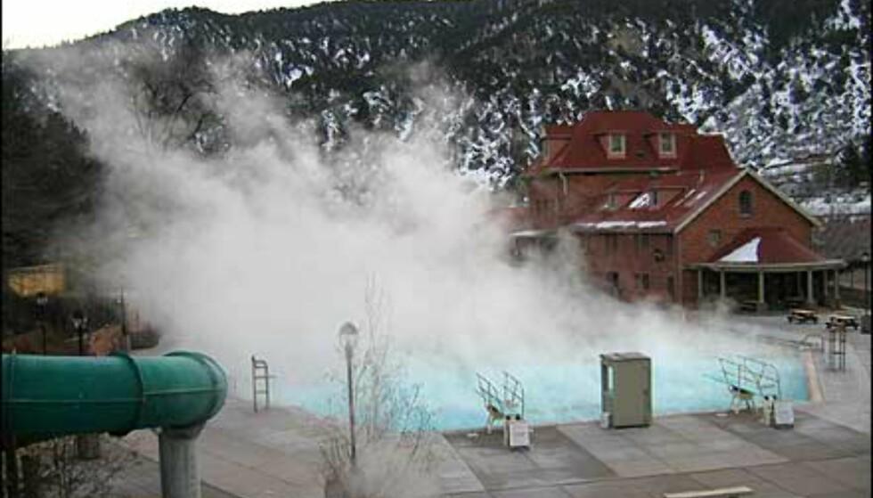 Dampen står fra bassenget.