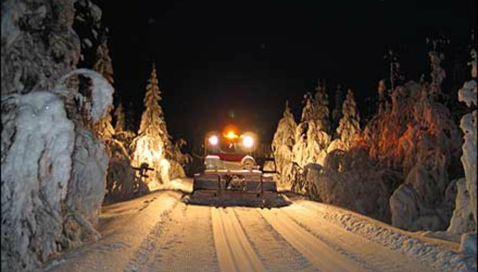 Løypemaskin på nattestid. Foto: Reidar Valberg Foto: Reidar Valberg