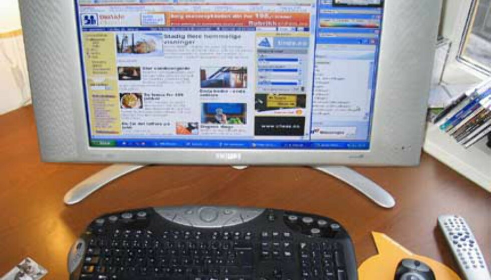 Surfing på dinside.no, messenger til høyre - og et lite TV-bilde øverst til høyre.