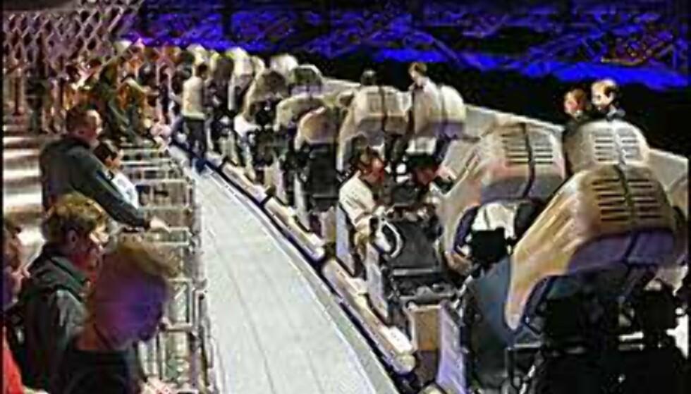 Berg- og dalbane med virtuelle effekter. Foto: Space Center Bremen Foto: Space Center Bremen