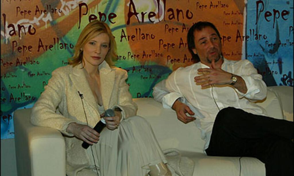 Den spanske pressen lot seg begeistre av at den spanske designeren Pepe Arrelanos invitasjon av gravide Cate Blanchett. Foto: Moda-barcelona.com