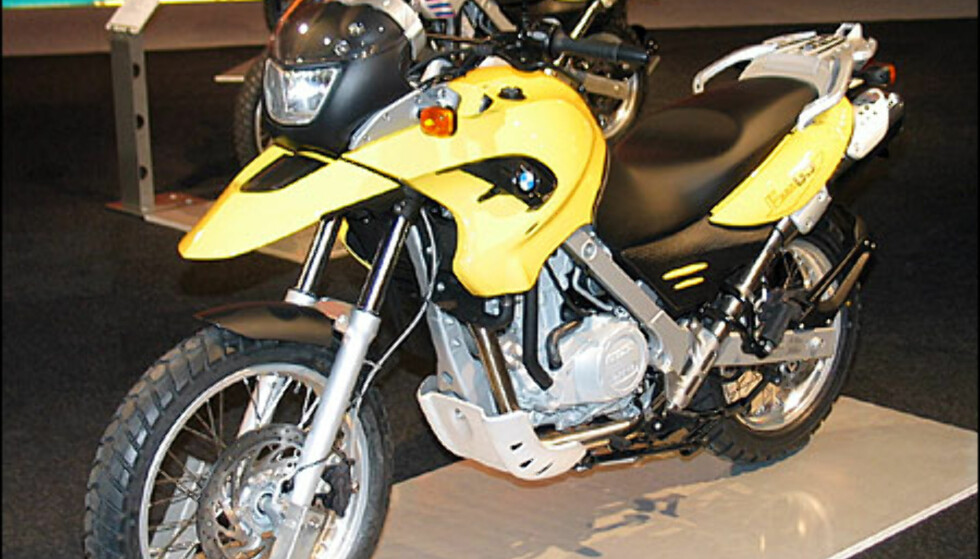 BMW 650GS er en forholdsvis rimelig tursykkel. Den koster 105.500 kroner og har en ensylindret motor med 50 hestkrefter.