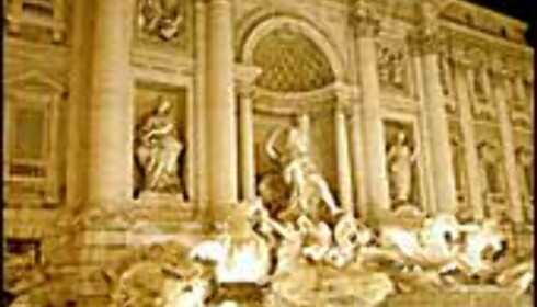 Trevifontenen er mer enn Anita Ekbergs søte liv. Svøpt i myter og vakre utsmykninger er dette et av Romas mest romantiske steder. Foto: www.photito.com