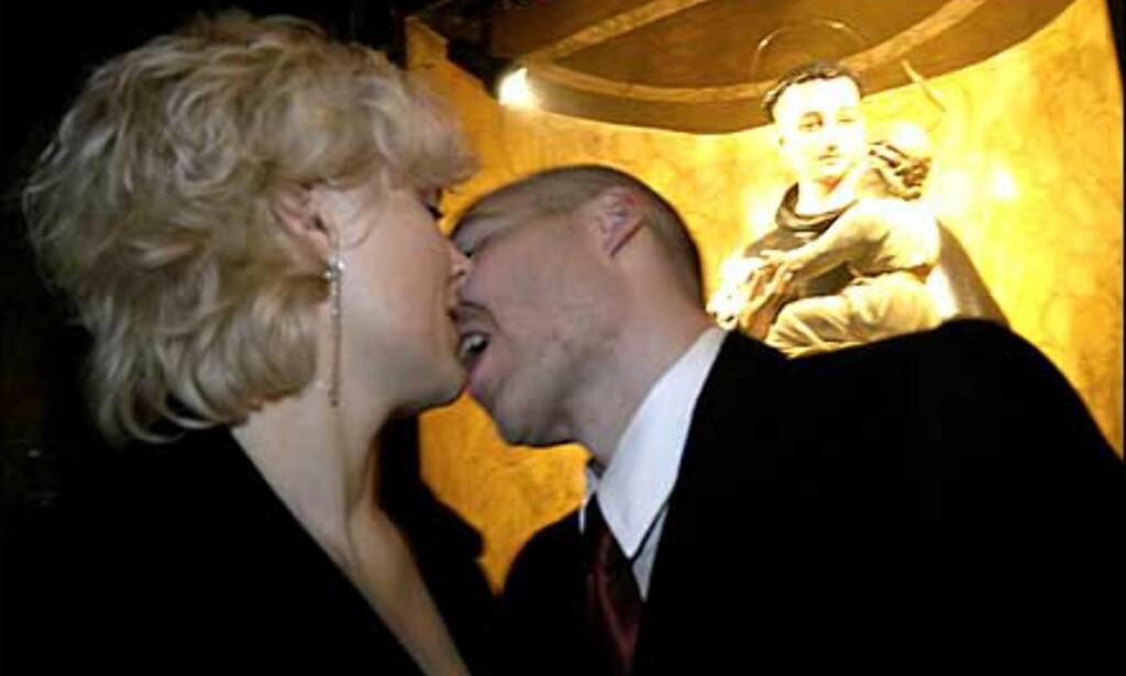 Velsignet kyss ... Foto: www.photito.com