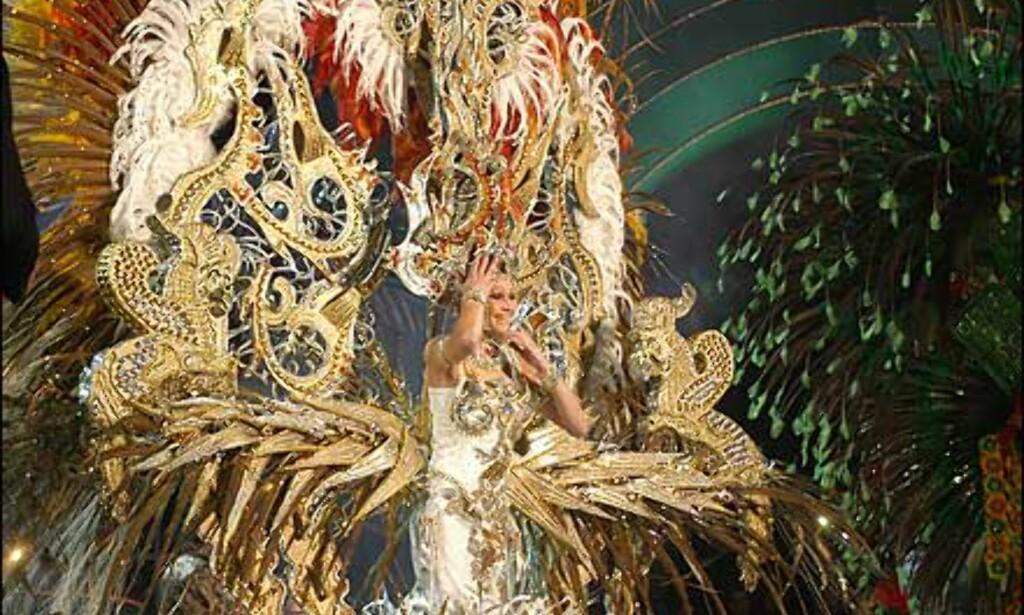 Fjorårets karnevalsdronning i Las Palmas. Snart må hun overgi tronen til en ny, snerten dame. Foto: www.laspalmascarnaval.com Foto: www.laspalmascarnaval.com