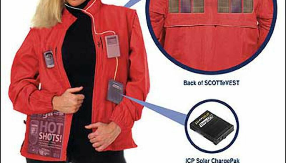 Med denne jakken kan du lade opp og drive elektronisk utstyr ved solens hjelp. Foto: SCOTTeVEST Foto: Scottevest