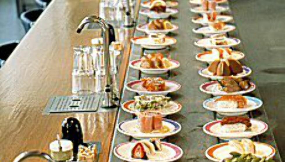 På Yo! Sushi er det ikke langt mellom godbitene.  Foto: Yo! Sushi