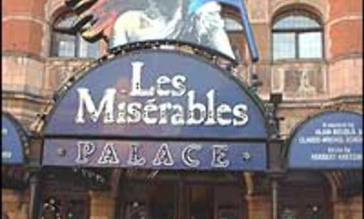 Les Miserables har gått i mer enn 15 år, men fremdeles kan det være vanskelig å få fatt i billetter.  Foto: Stine Okkelmo