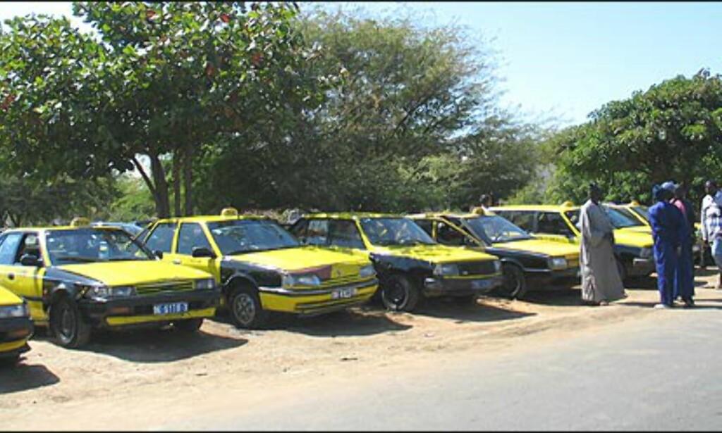 De lokale guidene hevder at Dakar er verdens taxi-tetteste by, noe vi ikke har noen grunn til å tvile på.