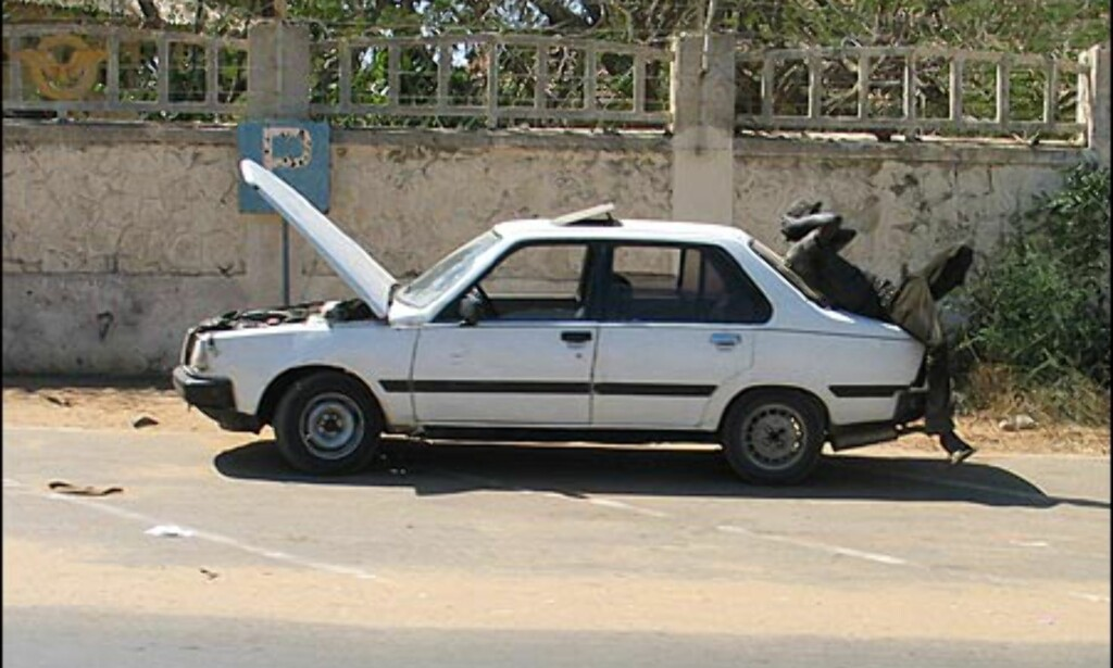 Arbeidsledigheten er stor i Dakar og mange har problemer med å slå i hjel dagen.