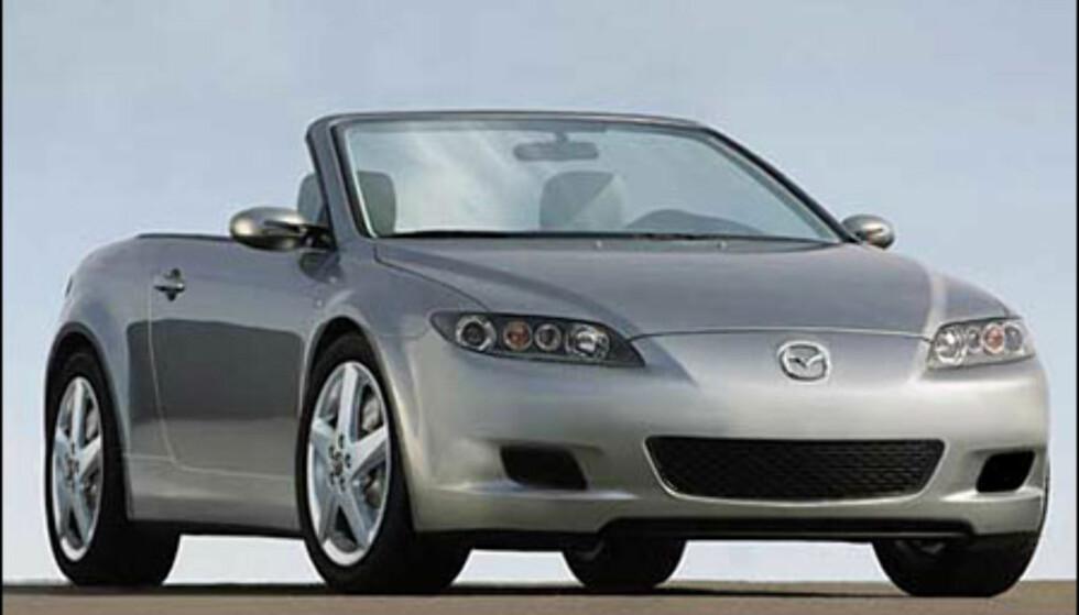 Klassiske Mazda MX5 har vært i produksjon i 14 år. Etterfølgeren dukker sannsynligvis opp snart (manipulert bilde).
