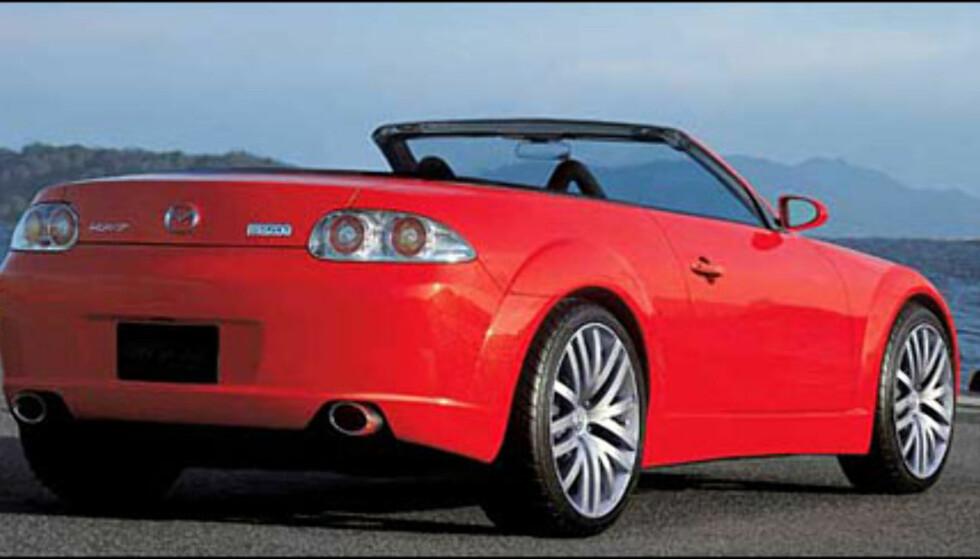 Mazda MX5 får en storebror i form av en kabrioletversjon av RX8. Ventet i løpet av året (manipulert bilde).