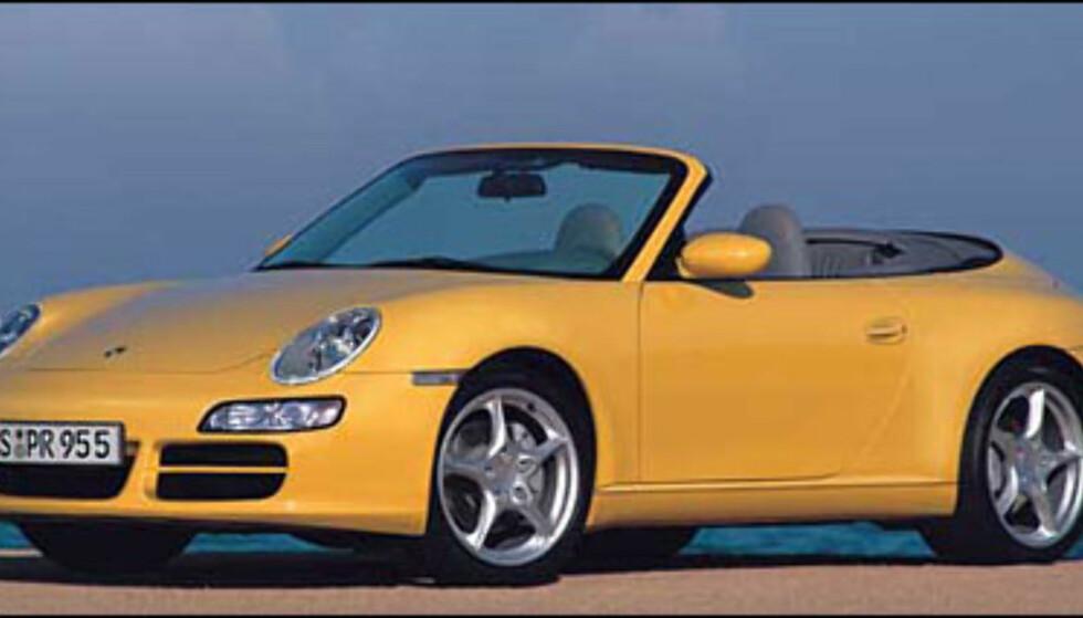 En ny Porsche 911 Cabrio er ventet i 2006. Den ligner mer på forgjengeren enn dagens versjon (manipulert bilde).