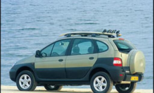 UTE: Renault Scenic RX4 forsvant sammen i sammenheng med introduksjonen av nye Megane. I løpet av 2006/2007 er Renault tilbake i SUV-markedet.