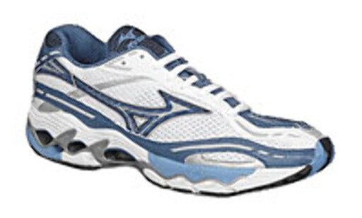 image: Mizuno Wave Creation 4