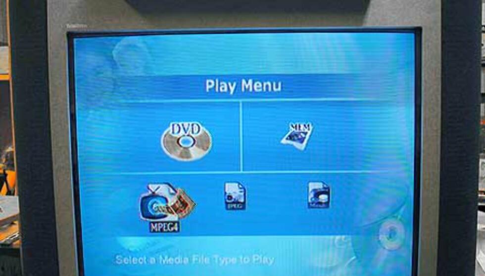 Dette er menyen som møter deg når du har satt i en CD/DVD. Du velger rett og slett hvilken datatype du ønsker å spille. DVD-filmer og audio-CDer starter naturligvis direkte.