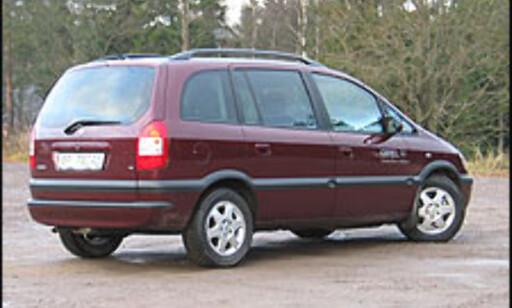 image: 3. Opel Zafira: Overleveren