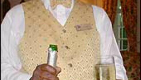 Vinmakere i Sør-Afrika produserer også sin egen champagne.