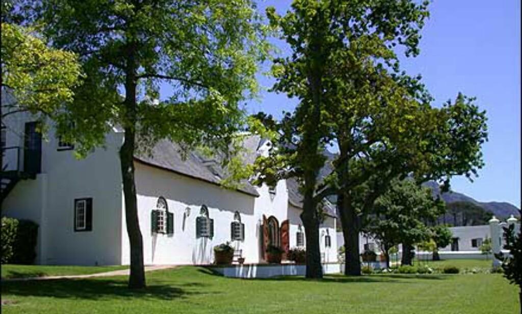 Steenberg er den eldste gården i distriktet, og her kan du både smake viner, spise et bedre måltid og overnatte på farmens hotell.