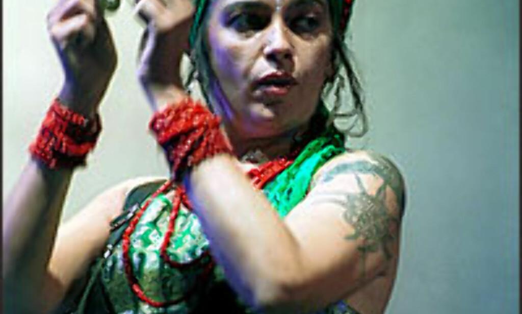 Ojos de Brujo - her representert ved vokalisten Marina Abad - en av World Music Festivals store attraksjoner.<br /> <br /> <I>Foto: World-music.no</I> Foto: World-music.no