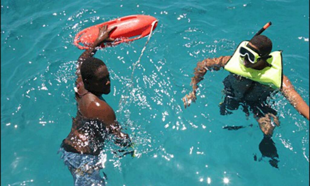 Svømmer med havskilpadder. (Foto: Dag Yngve Dahle).