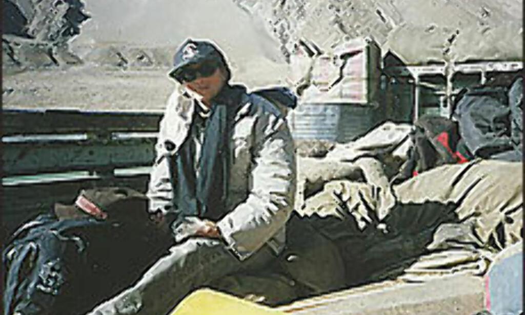 Janne Dalen - i lastebil på vei til Tibet.<br /> <br /> <I>Foto: Janne Dalen</I> Foto: Janne Dalen