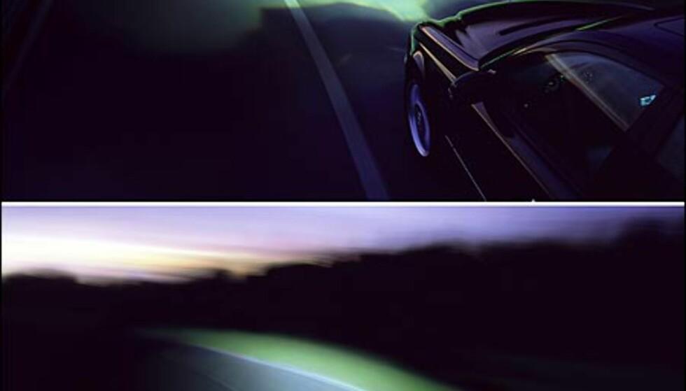 """Mercedes-Benz E-klasse med """"adaptive kjørelys""""."""