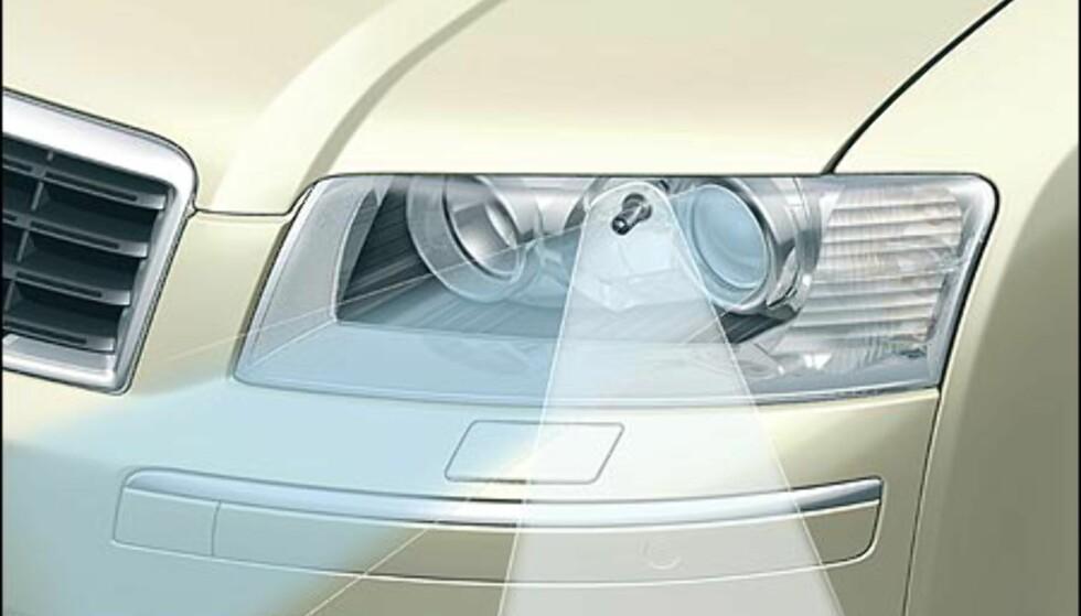 Sidelyktpærene i Audi A8 er på 35 watt.