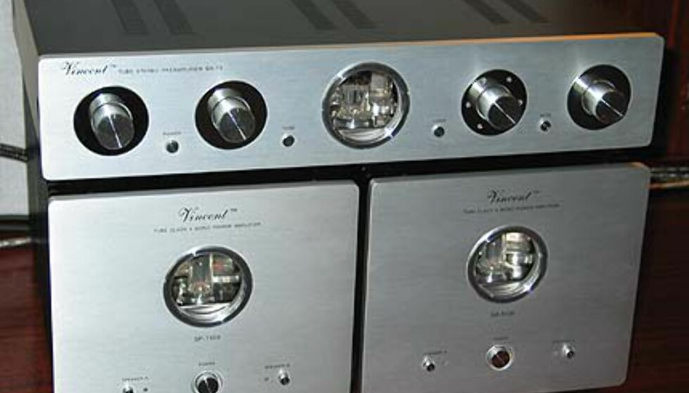 <strong>Kraft fra Vincent:</strong> 1 stk SA-T1 Tube Stereo, samt 2 stk Tube Class A Mono.