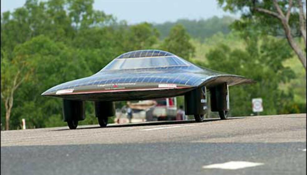 Batmobil? Nei, denne har navnet Queens. Foto: Foto: David Hancock/World Solar Races