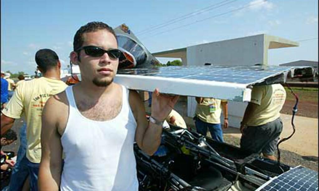 Demontering av Puerto Rica. Foto: Foto: David Hancock/World Solar Races