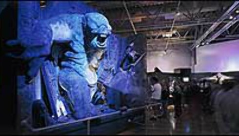 På utstillingen kan du også bli skremt av huletrollet. © 2003 NLC