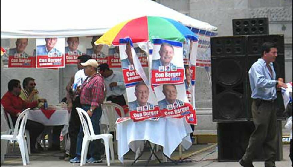 Hvis vi har større høyttalere enn de andre partiene, vinner vi valget ... Foto: Lene Heiberg