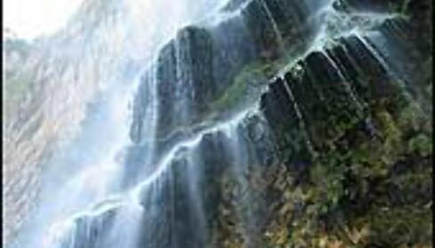 Naturlig fossefall i Canyon Sumeridad. Området er Chiapas nasjonalsymbol.