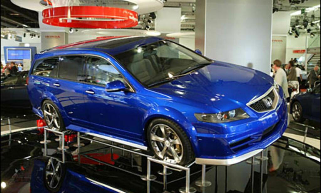 image: Honda Accort Sport Tourer - konsept