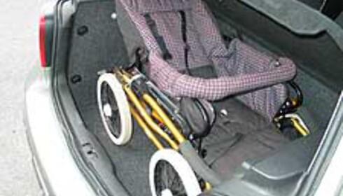 Vi hadde ingen problemer med å plassere barnevogna i bagasjerommet.