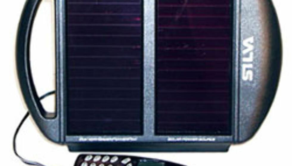 Silva solcellelader for radio, mobiltelefon, batterier og PC. 549,- hos www.sportsnett.no.