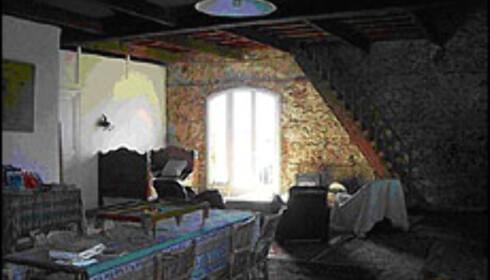 Et av værelsene i det franske 1800-tallshuset.  Foto: FINN.no Foto: Finn